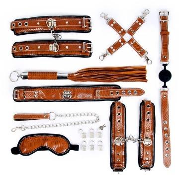 Стильный большой набор БДСМ: маска, ошейник, кляп, фиксатор, наручники, оковы, плеть