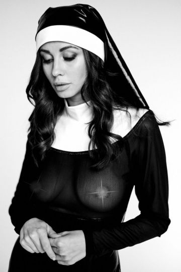 Сексуальный костюм монашки