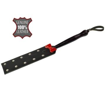 Черная шлёпалка с красным бантиком