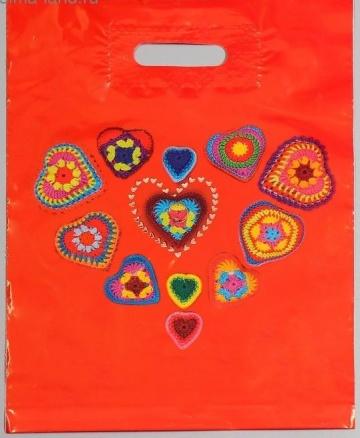 Полиэтиленовый пакет с сердечками - 31 х 40 см.