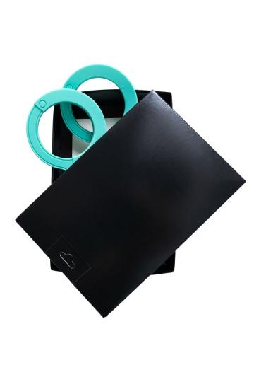 Аквамариновые силиконовые наручники